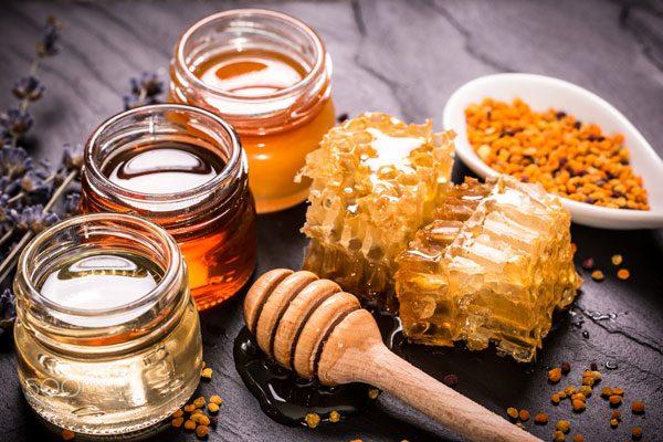 طعم و رنگ عسل طبیعی