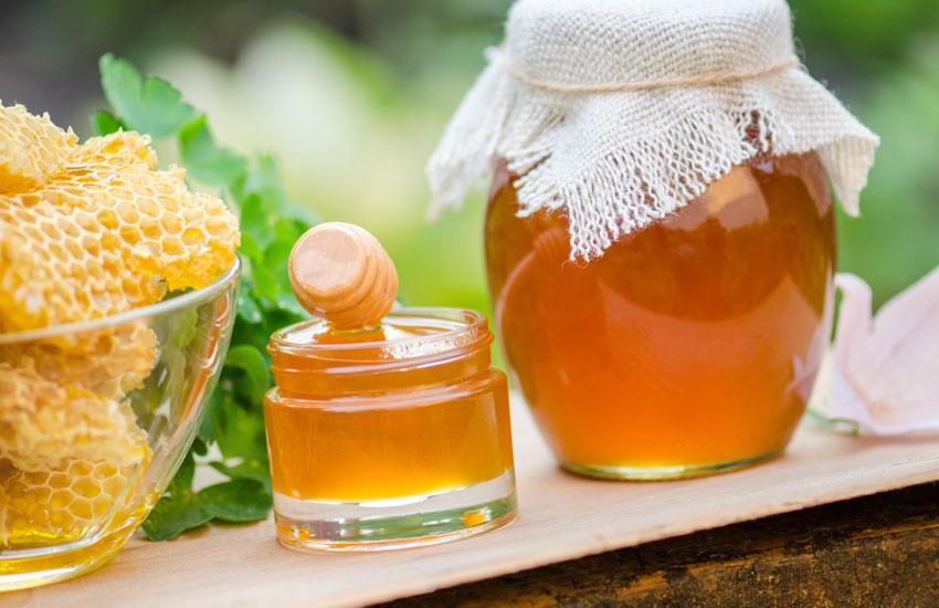 شکم درد ناشی از عوارض مصرف عسل