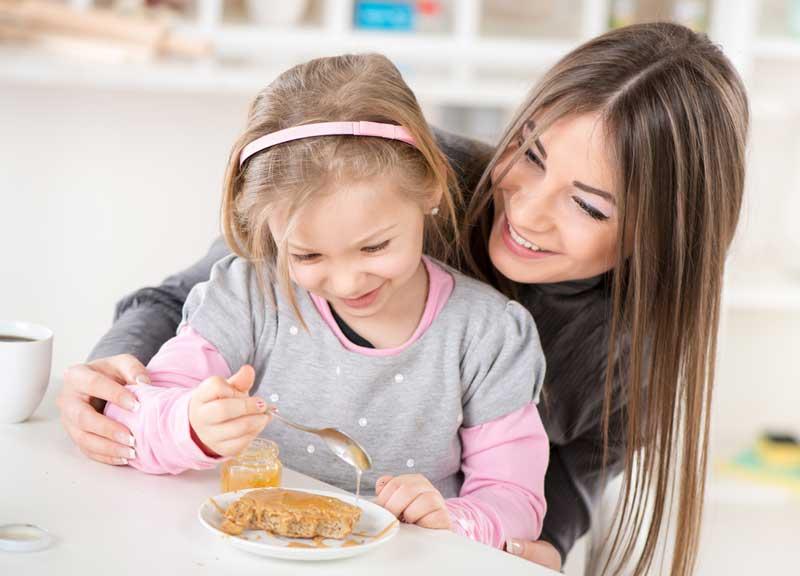 عوارض مصرف عسل در کودکان