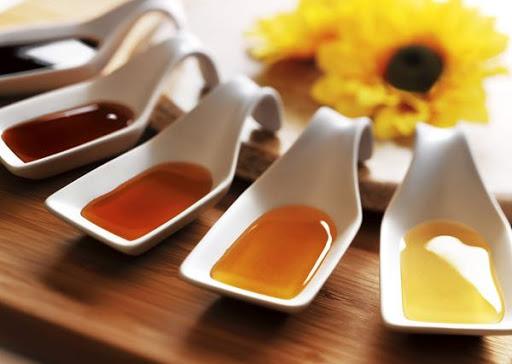 عسل چهل گیاه و چند گیاه